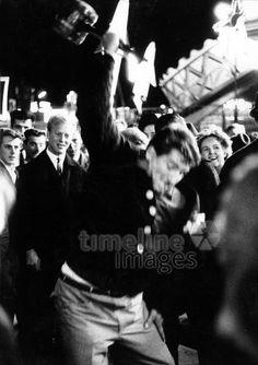 'Hau den Lukas' auf dem Oktoberfest in München, 1963 leicar6/Timeline Images #Wiesn #Volksfest #Hammer #Fest #Bayern #Theresienwiese