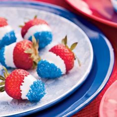 Quick and easy 4th of July dessert, snack, kids food. Fun Food for the 4th: Revolutionary Berries dipped in white chocolate or icing, then blue sugar http://pinterest.com/pin/338755203191790393/