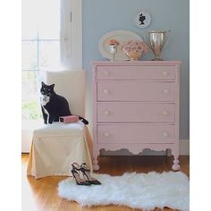 I finally finished up this sweet vintage dresser. They always seem to take a bit longer than you hope. Painted in a custom mix of @generalfinishes Coral Crush and Antique White for the softest blush pink. Mother of pearl knobs. Louis (the cat) approves. #farmhousestyle #paintedfurniture #vintagestyle #vintagefurniture #blushcrush #BHGFebColorContest