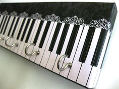 Jewelry Holder and Key Rack   Piano  Black and