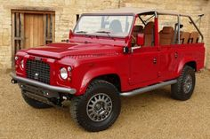 // Royal Falcon http://www.defendericon.com/land-rover-defender-icon-news/81/nene-build-a-pair-of-falcons-for-royalty/