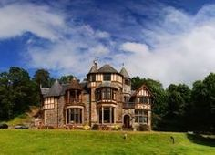 Knockderry Country House Hotel, Cove, is the perfect country house location for a weekend break, wedding or private function. Fine locally sourced food & amazing sea loch views.