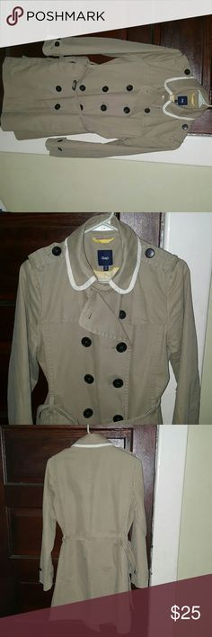 Gap jacket Tan jacket. Great for fall! Would look nice with leggings and boots.  Like new. No stains or holes. GAP Jackets & Coats Trench Coats
