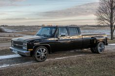 1989 Chevrolet Dually Tow Rig Super Clean Runs Great 454 Lowered for sale: photos, technical specifications, description Dually Trucks For Sale, Gm Trucks, Chevy Trucks, Motorcycle Touring, Girl Motorcycle, Motorcycle Quotes, Lowered C10, Triumph Motorcycles, Custom Motorcycles