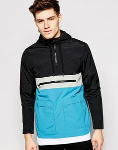 Chubasquero impermeable con capucha de Another Influence