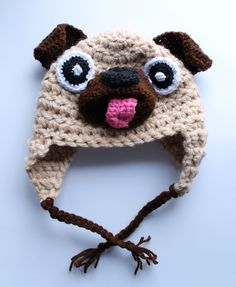 Crochet Pug Hat Free pattern - solo perché me l'hanno chiesto :) Crochet Animal Hats, Crochet Kids Hats, Baby Hats Knitting, Crochet Beanie, Cute Crochet, Knitted Hats, Knit Crochet, Pugs, Knitting Patterns