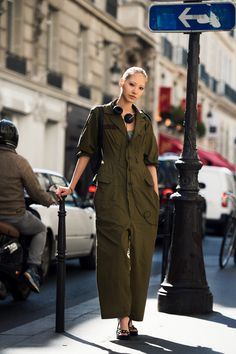 Soo Joo in a utilitarian boiler suit. Paris #SooJooPark