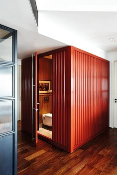 shipping container, toilet, bathroom, powder room, guests, home and decor, home renovation,