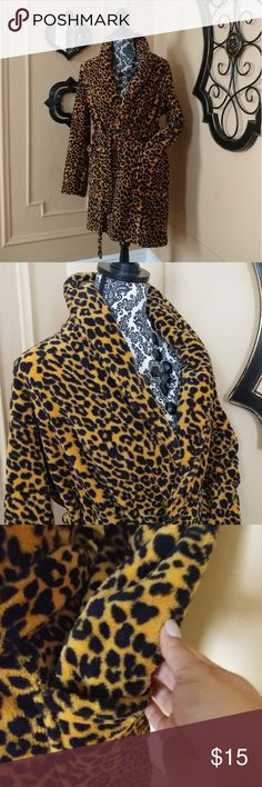 Soft Cheetah Print Wrap Robe. New without tags. Cheetah Print Wrap Robe. Very soft Material. Size. M. (Fluffy) Totally Pink Intimates & Sleepwear Robes