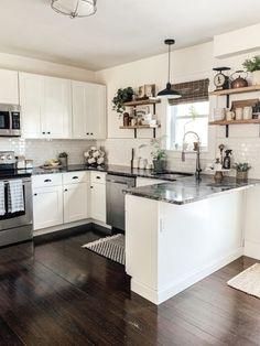 Kitchen Sets, Home Decor Kitchen, New Kitchen, Best Kitchen Layout, 10x10 Kitchen, Eclectic Kitchen, Updated Kitchen, Modern Farmhouse Kitchens, Home Kitchens