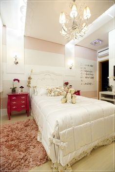 love the red pop of colour White Bedroom Furniture, Home Bedroom, Girls Bedroom, Bedroom Decor, My Room, Girl Room, Farmhouse Style Bedrooms, Single Bedroom, Princess Room