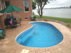 Small Inground Pool, Small Backyard Pools, Small Pools, Intex Pool, Swimming Pools Backyard, Pool Landscaping, Pond Tubs, Kidney Shaped Pool, Bar Grill