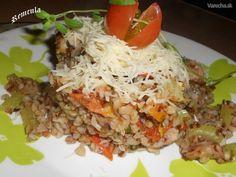 Pohánka so zeleninou a kuracím mäsom v majoráne (fotorecept) Lunch Recipes, Healthy Recipes, Polenta, Quinoa, Fried Rice, Grains, Veggies, Menu, Baking