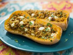Get Sunny's Quick Wild Rice and Sausage Stuffed Squash Recipe from Food Network. Can use Quinoa instead of rice Stuffed Squash, Stuffed Peppers, Stuffed Butternut Squash, Kitchen Recipes, Cooking Recipes, Healthy Recipes, Honeynut Squash, The Kitchen Food Network, Cooking Wild Rice