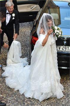 Matrimoni vip, gli abiti da sposa più belli delle star nel 2014 Elisabetta Canalis