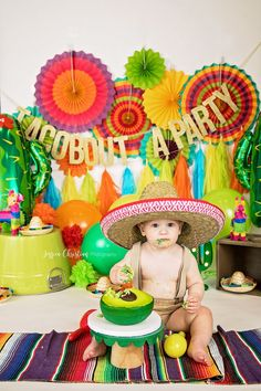 Fun fiesta taco guacamole cake smash!! Boys First Birthday Party Ideas, First Birthday Photos, Boy First Birthday, Birthday Fun, Birthday Party Themes, Birthday Gifts, Fiesta Cake, Fiesta Theme Party, Mexican Birthday