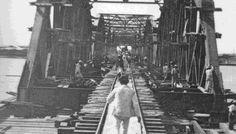 صورة نادرة سنة 1860 اثناء مد خطوط السكك الحديدية لاول مرة في مصر و افريقيا