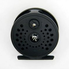FLY FISHING REEL 104G LINE WEIGHT 3/4 DIECAST LARGE HARBOR FLY REEL FISH REELS