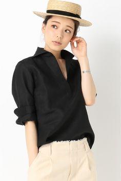 黒で少し大人っぽく。人気のスキッパーシャツ♪20代のコーデアイデアを集めました♡