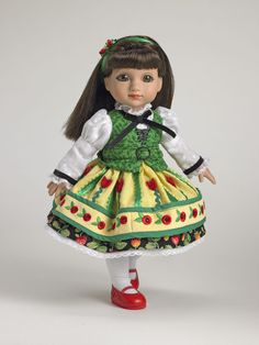 ©Mary Engelbreit Autumn Dance 2007 Robert Tonner DRESSED DOLL T7-AEDD-06 LE400 Originally Sold For $99.99 Sophie wears a colorful cotton dress adorned with 'breit' red accents under green cotton vest; includes tights hair ornament/ribbon, and shoes.