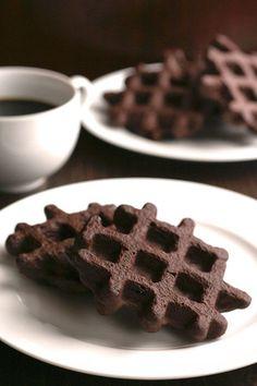 Low Carb Chocolate Waffles Recipe #lowcarbbrownies