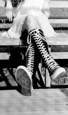 New Sneakers Photography Converse Chuck Taylors Ideas New Sneakers, Converse Sneakers, Converse All Star, Converse Chuck Taylor, Black N White, Black And White Pictures, Tap Shoes, Ballet Shoes, Baskets