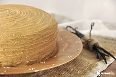 Νηστίσιμο κέικ με καραμελένια βουτυρόκρεμα (updated!) Brownie Cupcakes, Cupcake Cakes, Cooking Cake, Chocolate Mug Cakes, Butter, Greek Recipes, Creme, Panna Cotta, Pudding