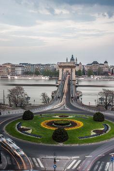 Clark Adam Square and the Chain Bridge, Budapest, Hungary