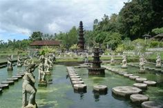 Google Image Result for http://3.bp.blogspot.com/-C5709fjO1DQ/T58ucyw9_tI/AAAAAAAAAfo/4OjxwjmCPck/s1600/bali-indonesia-water-palace.jpg