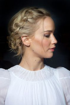 5 Celebrity Updos to Try this Hot, Hot Summer: Jennifer Lawrence Beautiful B. - 5 Celebrity Updos to Try this Hot, Hot Summer: Jennifer Lawrence Beautiful B… – - Box Braids Hairstyles, Pretty Hairstyles, Wedding Hairstyles, Summer Hairstyles, Hairstyles 2016, Braided Crown Hairstyles, Drawing Hairstyles, Party Hairstyle, Stylish Hairstyles