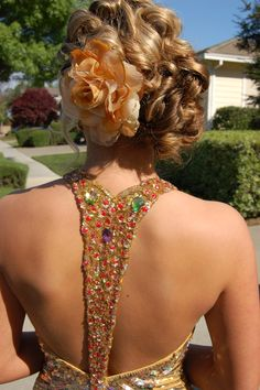 thinking about something like this but with like a cheetah print flower or a silver flower or something!