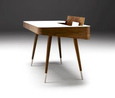 ak 1330  naver collection point desk walnut