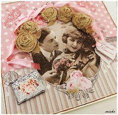 ♥ Svadobné ruže ♥... by misha_cards  ...otváracia pohľadnica zdobená servítkou, ručne robenými látkovými ružičkami, ružovou stužkou a perličkovými nálepkami. Vnútro a zadná strana bez textu v krémovej farbe....