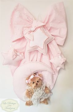 Baby Door Decorations, Baby Decor, Floral Border, Pink Christmas, Merry Xmas, Diy Gifts, Children, Kids, Cute Babies