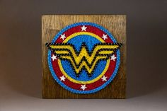String Art Templates, String Art Patterns, Wonder Woman, Disney String Art, Diy Projects To Try, Art Projects, Wood Nails, Bottle Cap Art, Hand Embroidery Art
