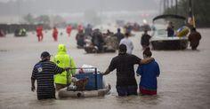 #MONSTASQUADD Harvey Live Updates: Trump Heads to a Rain-Battered Texas