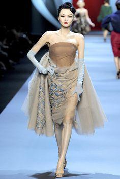 Dior Spring 2011 Couture   Paris Haute Couture