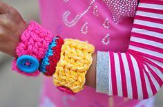 Ravelry: Chunky Bracelets pattern by Tanya Bernard