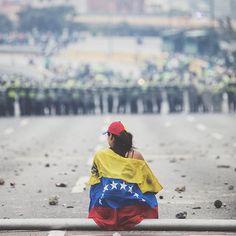 Persecución responsable de los sueños. •  De ayer. •  #caracas #venezuela