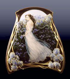 Larissa Podgoretz (Artist, Jeweller, Enamelist) Iris - 18K gold, copper and enamel