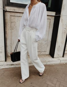 Art_second_maria uploaded by on We Heart It Trendy Outfits - Daily Fashion White Outfits, Trendy Outfits, Fashion Outfits, Fashion Tips, Fashion Design, Fashion Fashion, Modest Fashion, Fashion Bloggers, Fashion Clothes