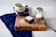 i hope everyone has made it through the long weekend of chocolate! i mean, easter. i figured i would stick with the chocolate theme from this… Double Chocolate Brownies, How To Make Chocolate, Making Chocolate, Blondie Brownies, Family Meals, Family Recipes, I Cant Even, Make It Through, Brownie Recipes