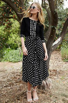 100 Fabulous Black and White Pieces #anthrofave