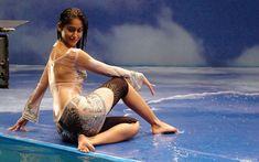 Ileana D'Cruz Hot And Sexy Photos - Hindi Business Tips Bollywood Actress Hot Photos, Indian Actress Hot Pics, Bollywood Celebrities, Beautiful Indian Actress, Hot Actresses, Indian Actresses, Illeana Dcruz Hot, Look Body, Ileana D'cruz