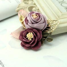"""Vintage Rose"" – Terrumina Blooming Rose, Vintage Roses, Animal Design, Winter, Snowflakes, Boho Fashion, Brooches, Shapes, Pearls"