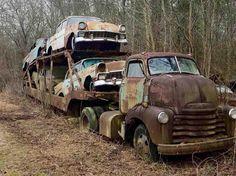 Killer Rat Rods, Hot Rods and Pinups Cool Trucks, Big Trucks, Chevy Trucks, Truck Drivers, Classic Trucks, Classic Cars, Rusty Cars, Abandoned Cars, Abandoned Vehicles