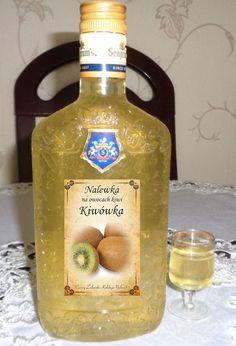 Czary mary gotuje Cezary: Nalewka z owocu kiwi. Whiskey Bottle, Vodka Bottle, Kiwi, Rum, Menu, Homemade, Drinks, Impreza, Food
