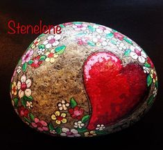 Painted rocks have become one Mandala Painting, Pebble Painting, Dot Painting, Pebble Art, Stone Painting, Mandala Artwork, Painting Patterns, Rock Painting Ideas Easy, Rock Painting Designs