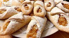 Margarinsiz Kek Gibi Yumuşacık Elmalı Kurabiye - galletas - Las recetas más prácticas y fáciles Yummy Recipes, Cookie Recipes, Cake Recipe Using Buttermilk, Apple Cookies, Good Food, Yummy Food, Iftar, Turkish Recipes, Biscuits