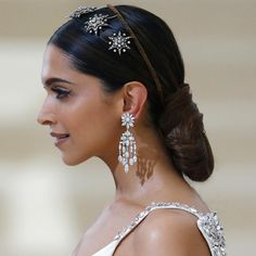 to looking radiant at this year's Met Gala in an antique diamond star tiara and diamond chandelier earrings. Diamond Chandelier Earrings, Gemstone Earrings, Bridal Hair Accessories, Wedding Jewelry, Pageant Crowns, Diamond Tiara, Celebrity Jewelry, Natural Diamonds, Fashion Jewelry